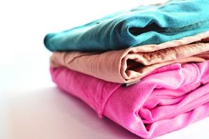 Waschen und bügeln von NW-Reinigung
